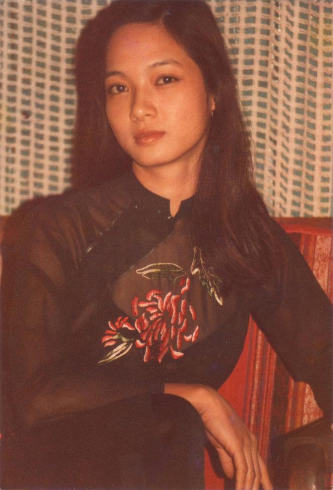 Hình ảnh lạ lẫm ở tuổi 57 của NSND Lê Khanh - Ảnh 1.