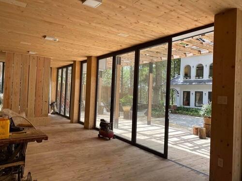 Phan Như Thảo khiến hội chị em xuýt xoa khi được chồng đại gia xây biệt thự gỗ rộng 800 m2 ở Đà Lạt theo đúng sở thích - Ảnh 2.