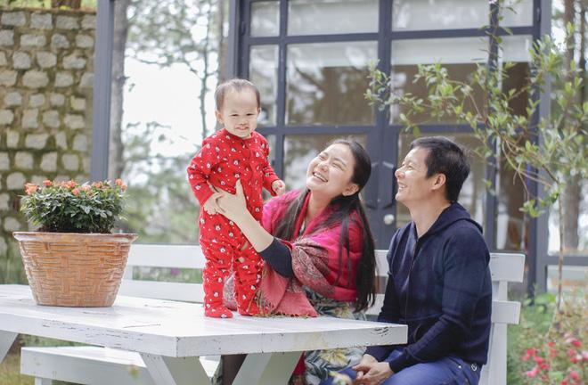 Phan Như Thảo khiến hội chị em xuýt xoa khi được chồng đại gia xây biệt thự gỗ rộng 800 m2 ở Đà Lạt theo đúng sở thích - Ảnh 3.