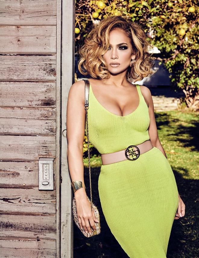 9 bí quyết khiến Jennifer Lopez 52 tuổi trông vẫn thần thái như 30, cơ thể vô cùng gợi cảm - Ảnh 4.