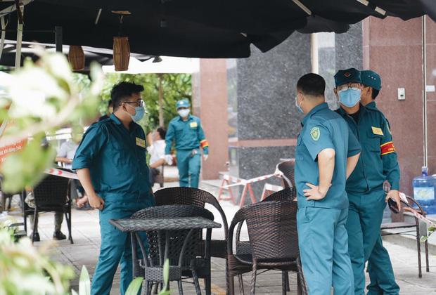 TP. HCM: Phong toả một chung cư ở quận 12, cách ly hơn 100 hộ dân - Ảnh 3.