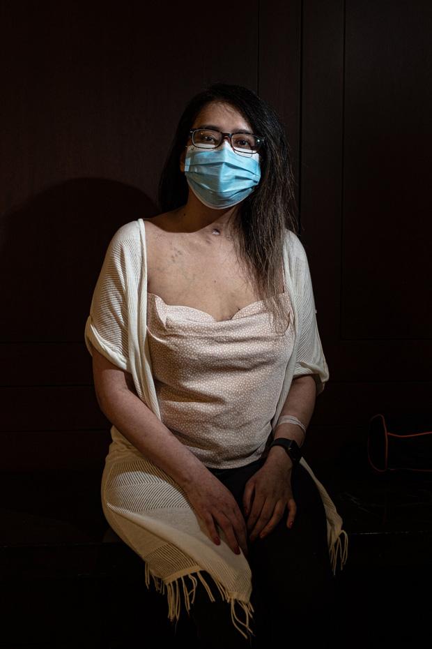 Đó là cơn ác mộng dài đến đáng sợ: Trải lòng của bệnh nhân Covid-19 đầu tiên được ghép phổi tại Mỹ sau khi trở về từ cõi chết - Ảnh 1.