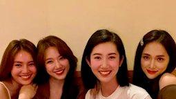 Mỗi lần sóng gió, Hương Giang đều có bạn thân từ Hoa dâm bụt đến hội chị em chung tay bảo vệ: Đúng là đáng quý trong Vbiz!