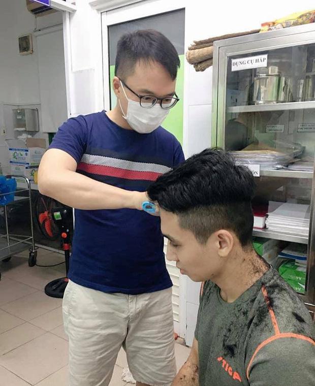Hình ảnh giản dị mà dễ thương của các y bác sĩ bên trong Bệnh viện Đà Nẵng - Ảnh 5.