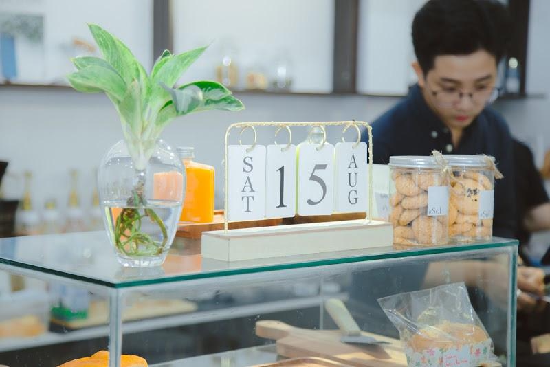 Quán cà phê chuẩn Hàn Quốc giữa lòng Sài Gòn lập tức khiến giới trẻ phát cuồng: Nghệ sĩ rủ nhau check-in, giới trẻ ngồi chật kín chỗ - Ảnh 8.