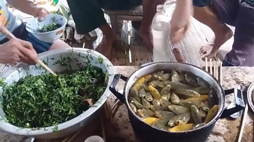 12 món đặc sản quen thuộc này của Việt Nam khiến khách Tây khóc thét, một số món chính người Việt cũng phải rùng mình - Ảnh 6.