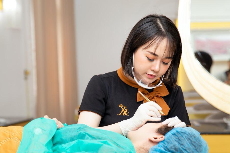 TMV Xuân Hương tự hào 30 năm Phun thêu thẩm mỹ chuẩn nghệ nhân