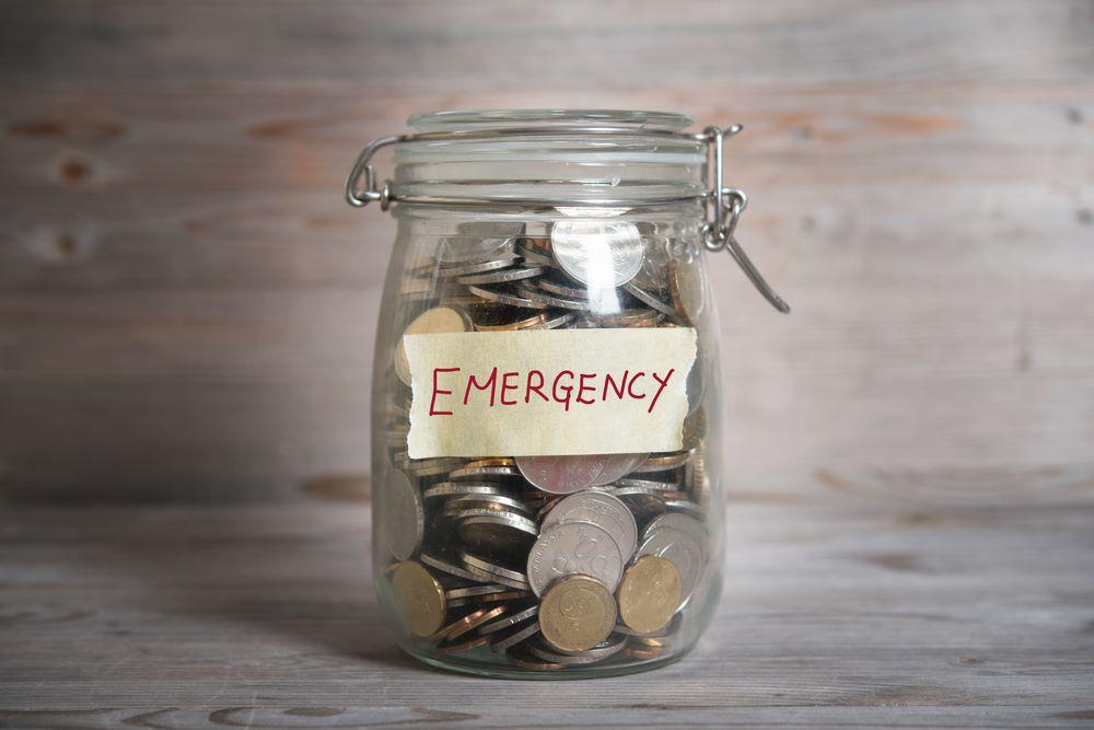 Những thói quen tài chính cần học khi bạn là các ông bố, bà mẹ đơn thân - Ảnh 4.