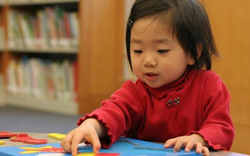 Nhìn cách người Nhật dạy trẻ 2 tuổi thông minh vượt trội, cha mẹ nào cũng muốn học hỏi ngay - Ảnh 2.