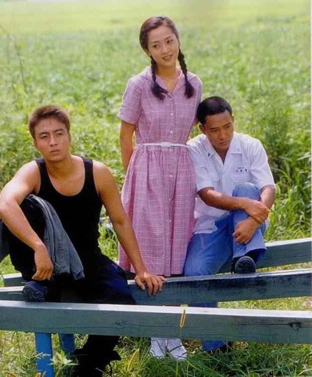 Phim rating kỷ lục giúp cả dàn sao đổi đời: Bae Yong Joon, Choi Ji Woo hóa ông hoàng bà chúa, Song Hye Kyo chưa thị phi bằng Á hậu tù tội - Ảnh 4.