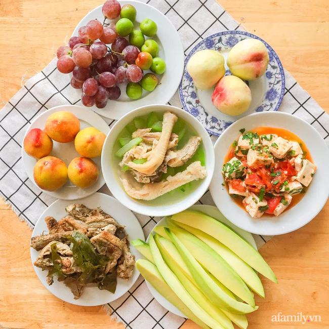 9x được khen nức nở với loạt mâm cơm dinh dưỡng thay đổi liên tục mỗi ngày, 6 người ăn mà chỉ 100K