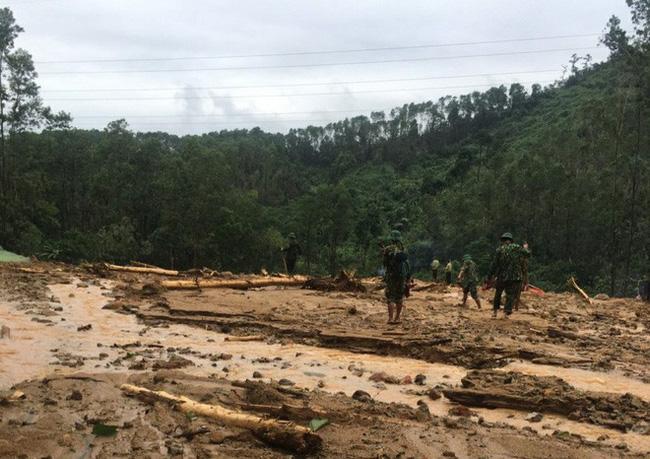 Hình ảnh gây sốc về trạm kiểm lâm nơi 13 chiến sĩ gặp nạn trên đường đi cứu hộ thủy điện Rào Trăng 3: Không còn gì ngoài đất đá, tiếng gọi