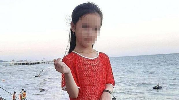 Bé gái 7 tuổi ở Hòa Bình mất tích sau khi đi đổ rác đã được tìm thấy - Ảnh 1.