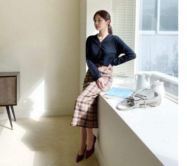 Đến cả đôi chân cột đình cũng thon gọn nhẹ nhàng nhờ 5 kiểu chân váy độc quyền cho ngày lạnh - Ảnh 6.