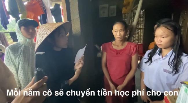 """Bị miệt thị vì tài trợ học phí cho 2 học sinh miền Trung, Thủy Tiên gay gắt đáp trả: """"Không phải cứ bỏ ra 50 - 100 nghìn là có quyền xúc phạm người khác"""" - Ảnh 2."""