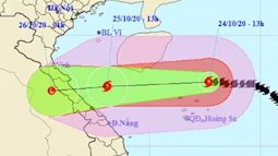Bão số 8 đổ bộ tối mai 25-10, cảnh báo mưa lũ từ Hà Tĩnh đến Thừa Thiên - Huế