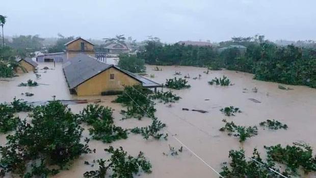 Trung tâm Dự báo KTTV Quốc gia cảnh báo đặc biệt khu vực trọng tâm bão số 8 - Ảnh 2.