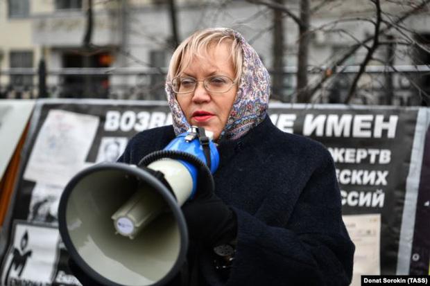 Bê bối chấn động nước Nga: Vạch trần bộ mặt thật tại cơ sở hỗ trợ tình thương, ép phụ nữ phải triệt sản đến tử vong - Ảnh 3.