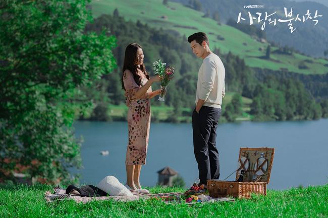Công ty của Hyun Bin ngầm hé lộ mối quan hệ yêu đương bền chặt với Son Ye Jin thông qua chi tiết này, sau chuỗi ngày phủ nhận? - Ảnh 7.