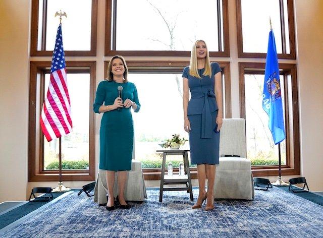 Mãn nhãn với gu thời trang tinh tế và thanh lịch của Ivanka Trump - Ảnh 3.