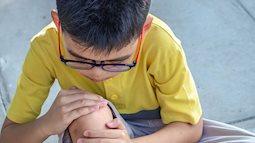 Bỗng dưng con kêu bị đau nhức chân vào ban đêm, rất có thể trẻ đang mắc bệnh lý này