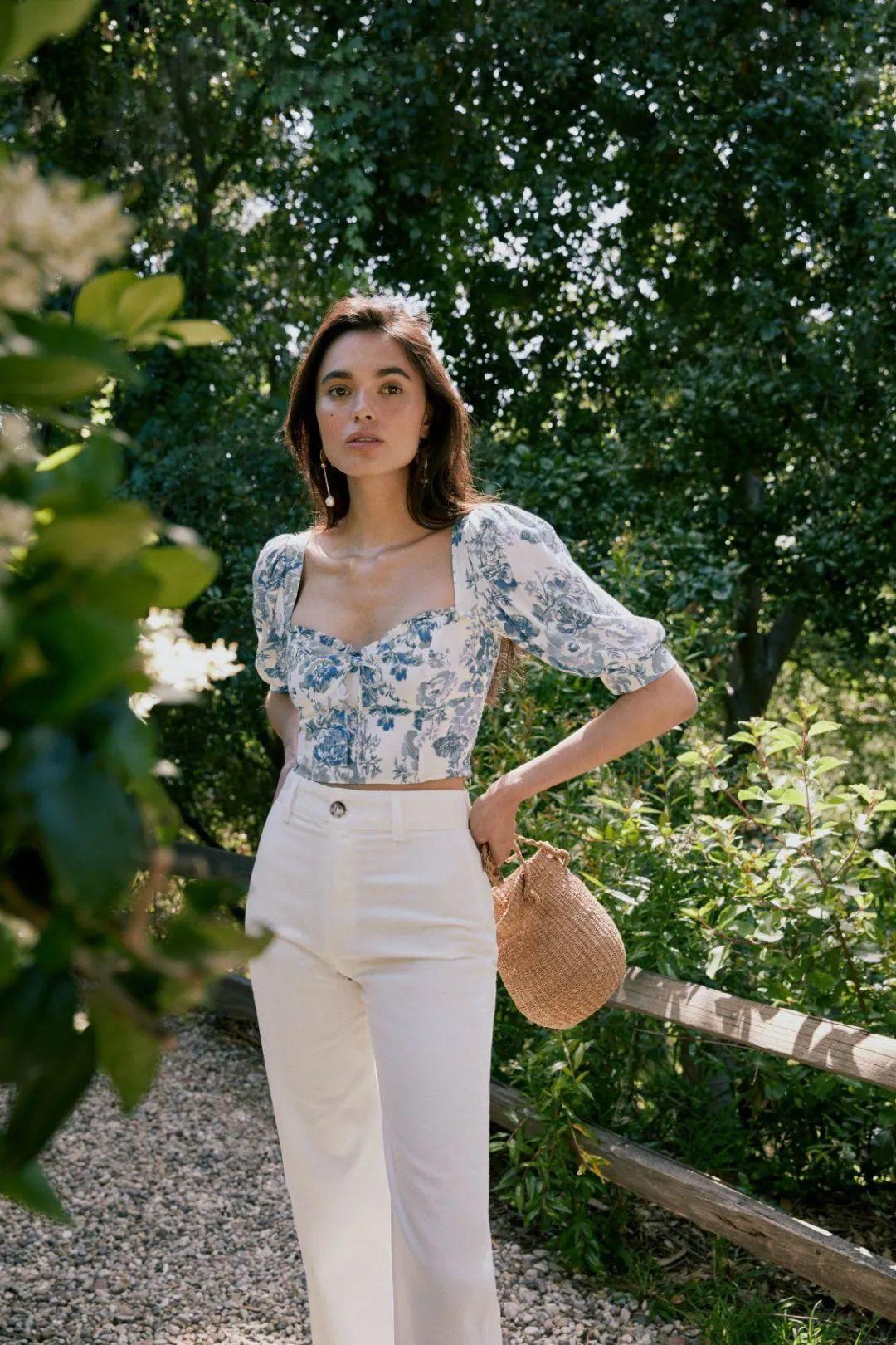 Áo blouse + quần jeans: Combo giúp nàng công sở trông sang như gái Pháp trong ngày Thu - Ảnh 7.
