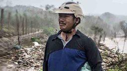 Bão số 9 đổ bộ: Sóng biển ập vào làng chài, người dân khóc vì mất nhà