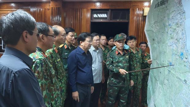 2 vụ sạt lở liên tiếp tại Quảng Nam: Hơn 40 người ở xã Trà Leng bị vùi lấp mất tích, tìm thấy 7 thi thể ở xã Trà Vân - Ảnh 1.