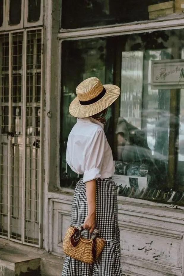 Sơ mi trắng – item kinh điển nhưng không phải ai cũng biết cách mặc cho đẹp  - Ảnh 4.