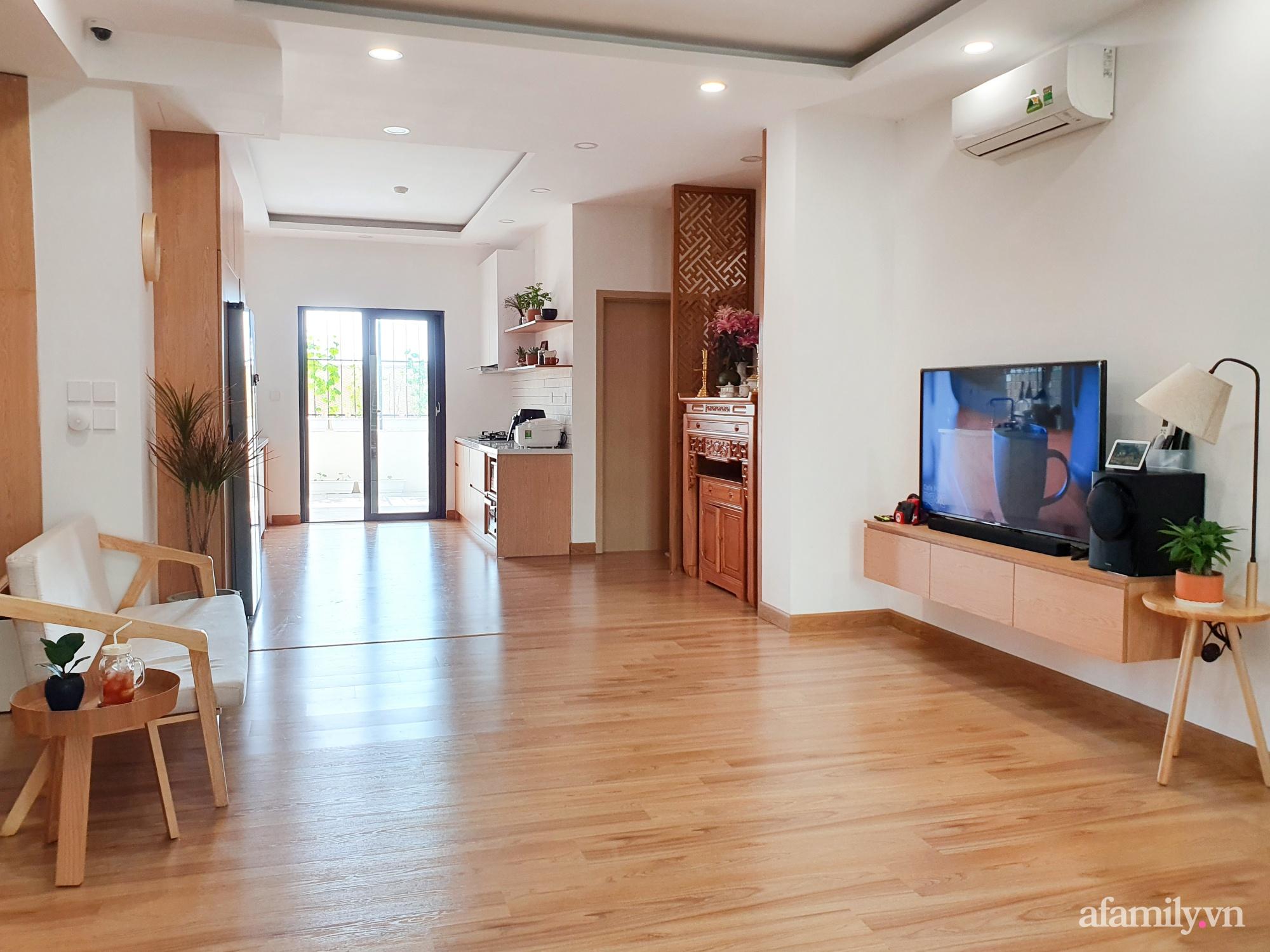 Căn hộ 180m² được vợ chồng trẻ cải tạo vừa ở vừa làm vườn có chi phí 550 triệu đồng ở Sài Gòn - Ảnh 1.