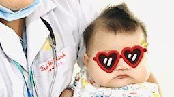Trắng xinh, bụ bẫm, bé 6 tháng tuổi nhập viện truyền máu gấp vì lý do đau lòng