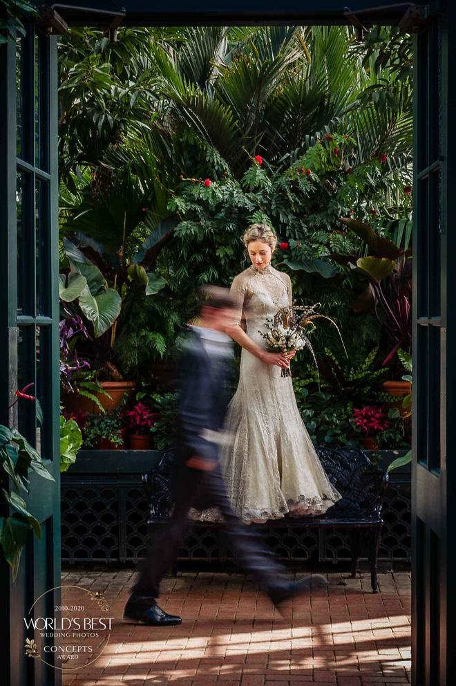 15 ảnh cưới nổi bật và sáng tạo nhất của thập kỷ được công bố - Ảnh 14.