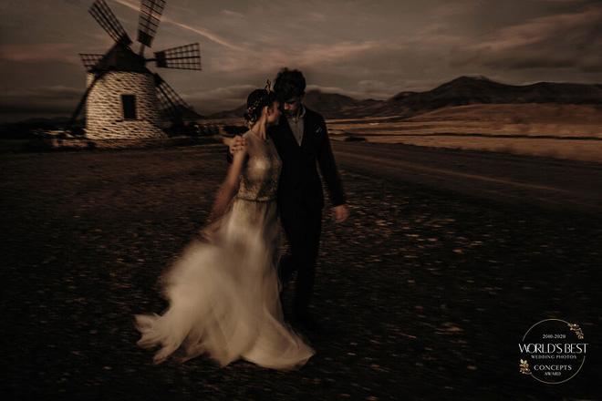 15 ảnh cưới nổi bật và sáng tạo nhất của thập kỷ được công bố - Ảnh 6.