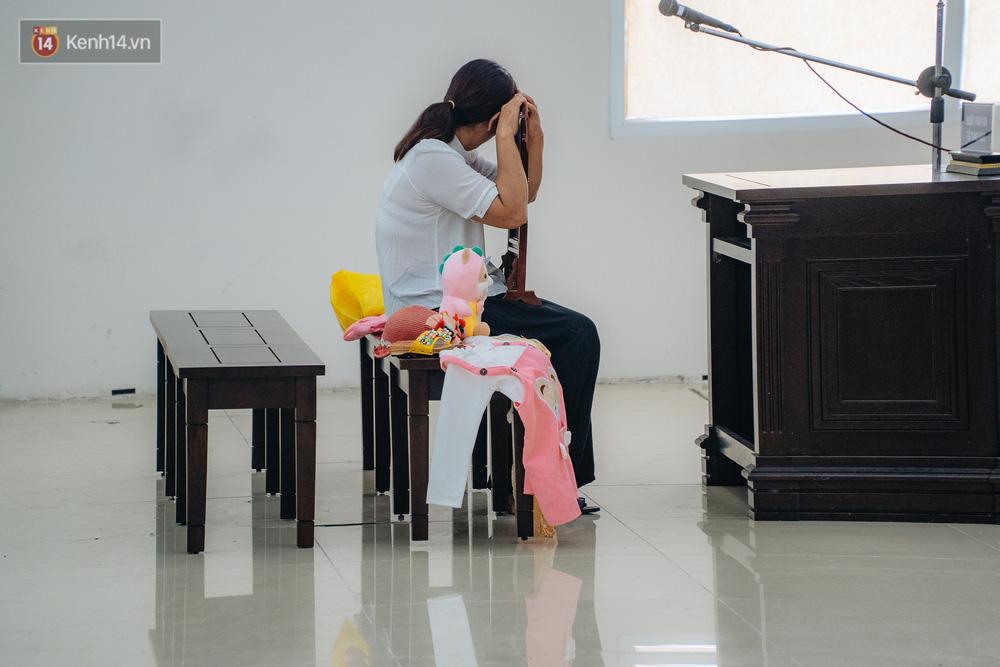 Nhìn lại vụ bé gái 3 tuổi bị bạo hành đến tử vong: Bi kịch gia đình vô cùng đau xót từ quá khứ, hiện tại đến tương lai - Ảnh 4.