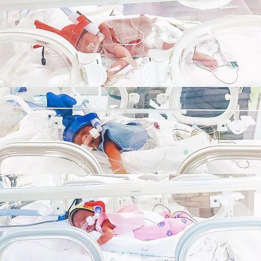 Sinh 4 lứa rồi nhưng vẫn chưa thỏa lòng, bà mẹ quyết định sinh thêm lần nữa, nhìn vào ảnh gia đình ai cũng phải choáng váng - Ảnh 1.