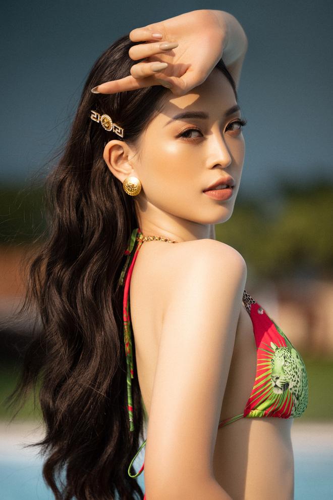 Top 3 Hoa hậu Việt Nam 2018 nóng bỏng với bikini trước khi hết nhiệm kỳ - Ảnh 8.