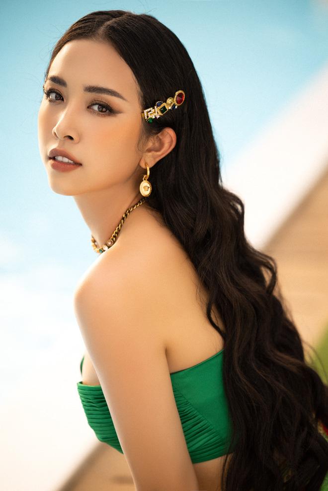Top 3 Hoa hậu Việt Nam 2018 nóng bỏng với bikini trước khi hết nhiệm kỳ - Ảnh 10.