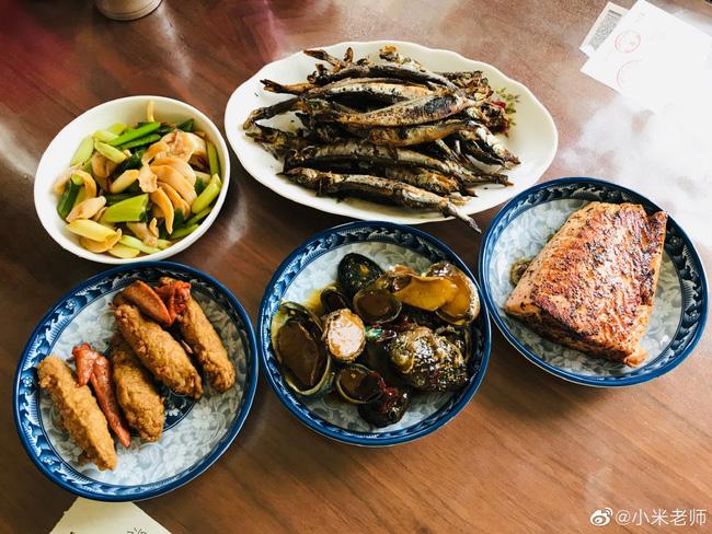 Mâm cơm có 1 món rau, 1 món thịt, 1 món cá này chắc chắn sẽ