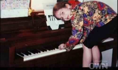 Lady Gaga và cuộc đời quá nhiều cay đắng: Bị xâm hại, sỉ nhục cả thế xác lẫn tân hồn - Ảnh 2.