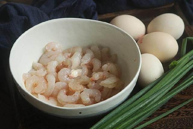 Tôm nấu chung với thứ này, vừa ngon cơm lại bổ dưỡng - Ảnh 1.