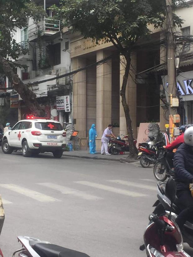 CDC Hà Nội lên tiếng về ca Covid-19 trên phố Hàng Bông: Là ca nhập cảnh, được cách ly ngay - Ảnh 1.