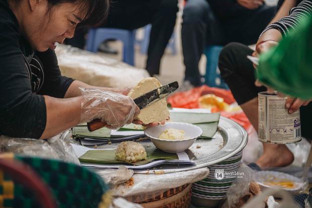 Truy lùng hàng xôi xéo hot nhất nhì Hà Nội, lên cả truyền hình Hàn Quốc vì cách gói xôi gây hoa mắt - Ảnh 6.