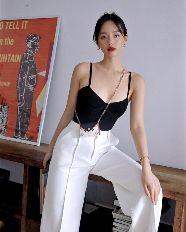 Instagram look của sao Việt: Ngọc Trinh diện áo cắt khoét nhìn mà ngượng thay, Xoài Non đơn giản mà xinh ngất - Ảnh 6.