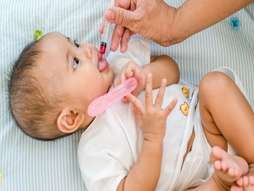 Nguy hiểm khi bổ sung vitamin D quá liều ở trẻ nhỏ - Ảnh 2.