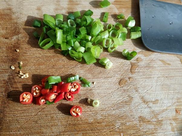 Rong biển trộn rau củ chua ngọt món ăn thanh nhẹ tốt cho sức khỏe - Ảnh 5.