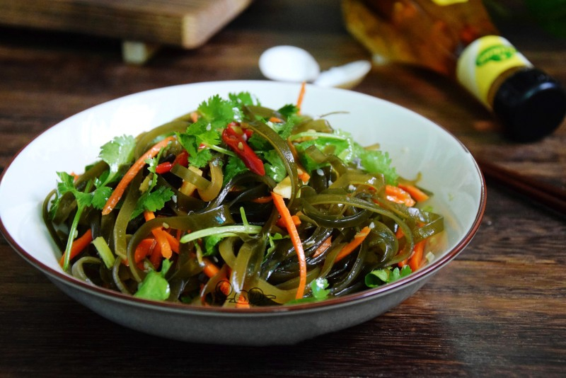 Rong biển trộn rau củ chua ngọt món ăn thanh nhẹ tốt cho sức khỏe - Ảnh 7.