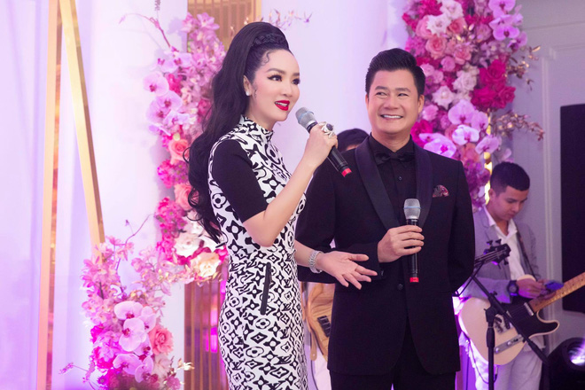 Tuổi 45, Trương Ngọc Ánh vẫn sexy, nổi bật tại sự kiện - Ảnh 12.