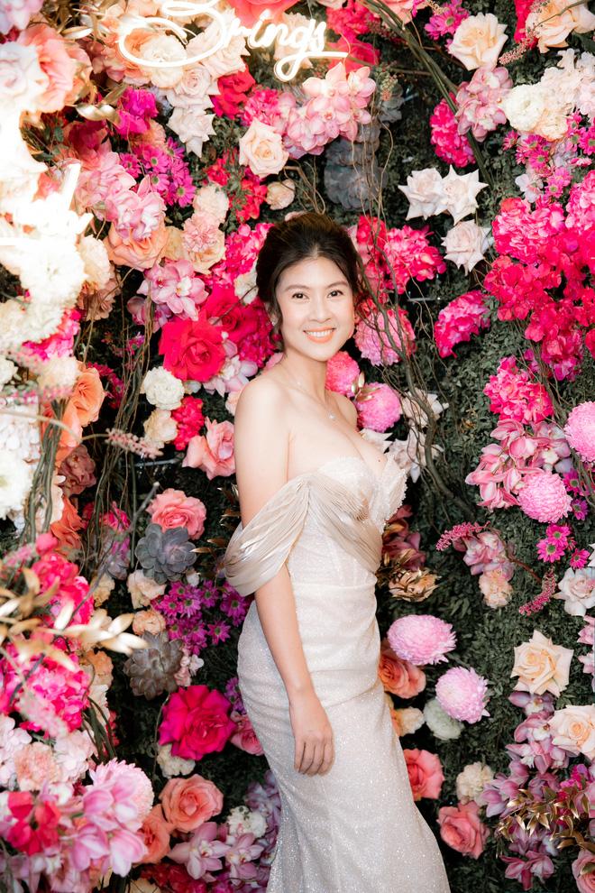 Tuổi 45, Trương Ngọc Ánh vẫn sexy, nổi bật tại sự kiện - Ảnh 7.