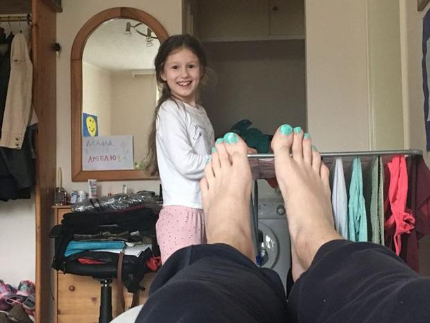 Loạt hình ảnh cực hài hước chỉ những người sống cùng con nít mới hiểu, đúng là chơi với lũ trẻ liền thấy mình được trở về tuổi thơ - Ảnh 8.