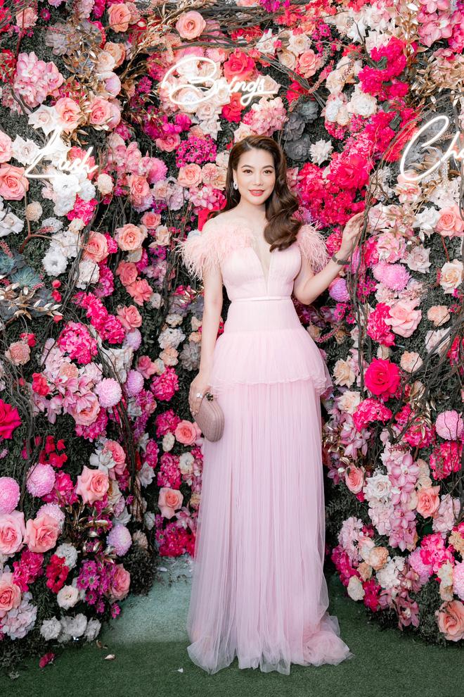 Tuổi 45, Trương Ngọc Ánh vẫn sexy, nổi bật tại sự kiện - Ảnh 9.